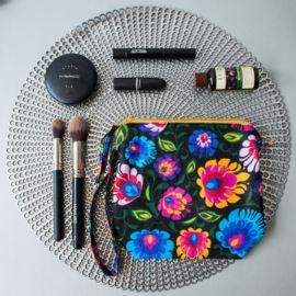 Folkowa Kosmetyczka, Ciemne Kwiaty, Owasowa